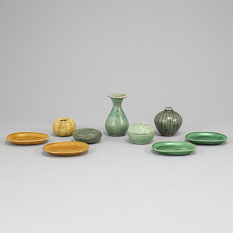A group of nine south east asian ceramic objects, mostly ming dynasty, also qing and 20th century.