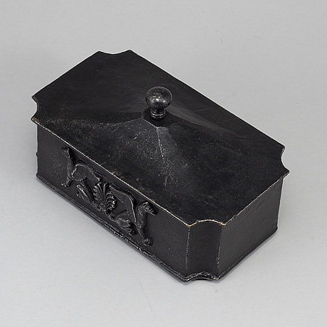 An empire cast iron box, first half of the 19th century.