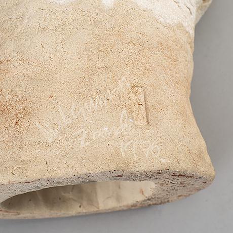Nils gunnar zander, sculpture, earthen weare, signerad and dated 1976.