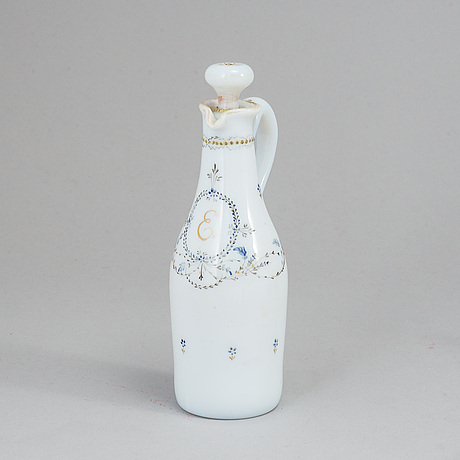 A late gustavian bottle, late guastavian, circa 1800, possibly strömbecks glasbruk.