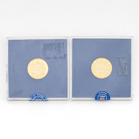 Two gold coins, 5,8 g + 5,8 g gold 900/1000.