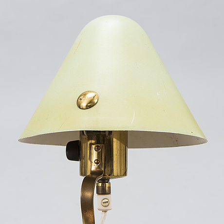 Paavo tynell, a 1940's '7184' wall light for taito finland.