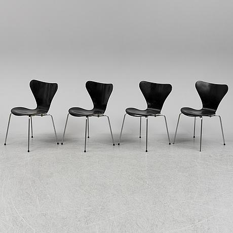 """Arne jacobsen, stolar, 4 st, """"sjuan"""", fritz hansen, danmark, 1974."""