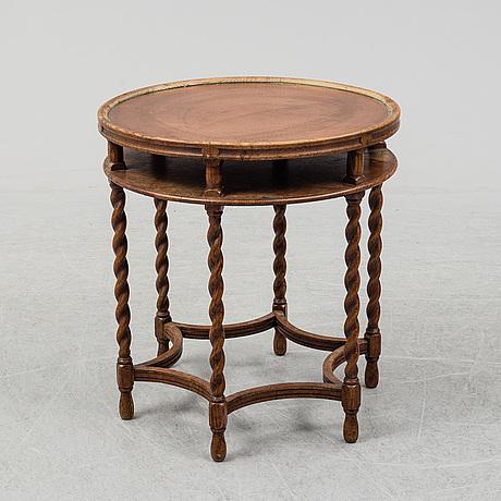 A 1922 table, nordiska kompaniet.