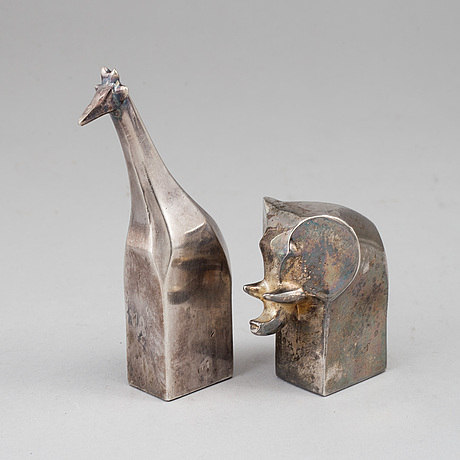 Gunnar cyrÉn, a group of two silver plated figurines, dansk designs japan.