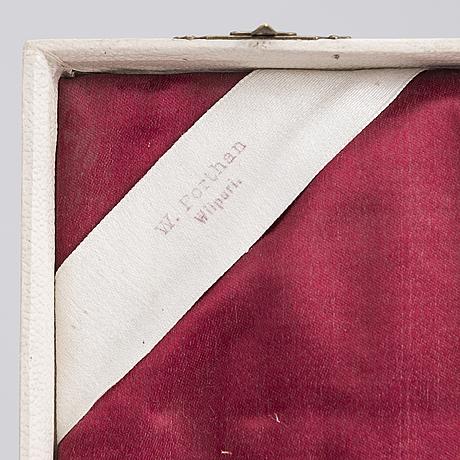Ville (wilhelm) porthan, a set of 12 fruit knives, vyborg 1914. in original box.