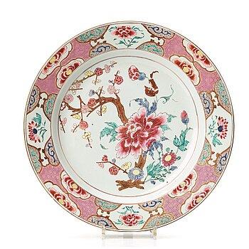 706. A famille rose dish, Qing dynasty, Yongzheng (1723-35).