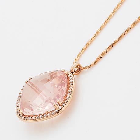Checker-cut rose quartz and brilliant-cut diamond necklace.
