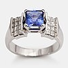 Ring, 14k vitguld, tanzanit ca 2.76 ct, princesslipade diamanter ca 1.46 ct tot.