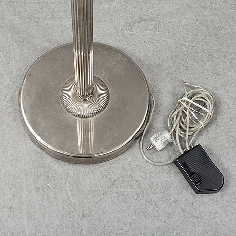 An uplight floor lamp, late 20th century.