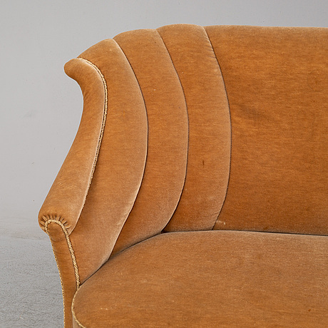 A first half of the 20th century sofa.