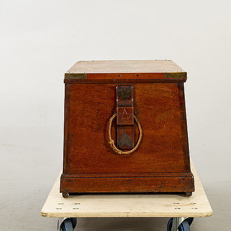 A late 19th century sailors chest and two of the owners workbooks.