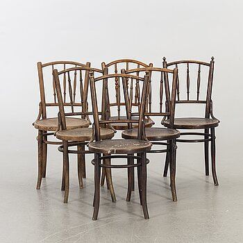 A SET OF 6 BENTWOOD CHAIR CA 1900.