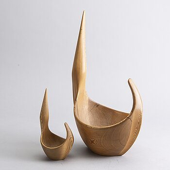 TWO WOODEN BOWLS BY JOHNNY MATSSON, SIGNED, CA 1960.