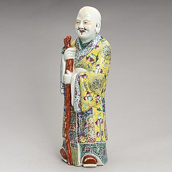 A 20th century porcelain Chinese figurine.