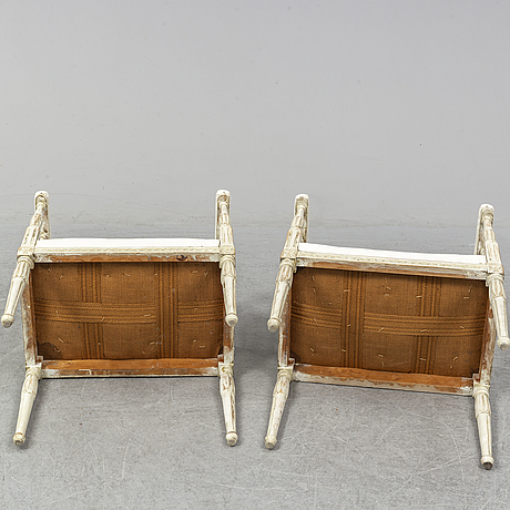 Banketter, ett par, gustaviansk stil, 1900-talets första hälft.