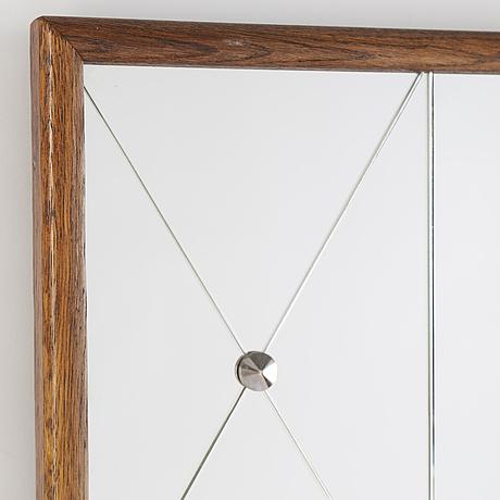 A 1940s mirror.