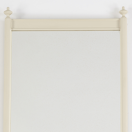 A painted mirror, first half of the 20th century.