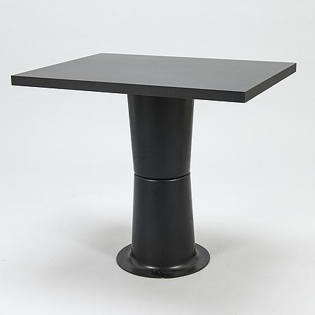 """YrjÖ kukkapuro, pöytä, """"saturnus"""", haimi 1970-luku."""