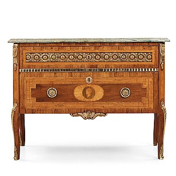 6. A Gustavian commode by Gottlieb Iwersson, 1791 (master in Stockholm 1778-1813).