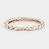 Ring, allians med briljantslipade diamanter totalt ca 0,66 ct.