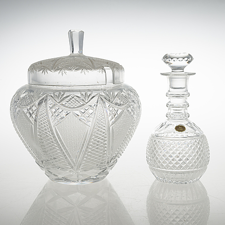 A set of a glass punch bowl, decanter and 87 glasses.