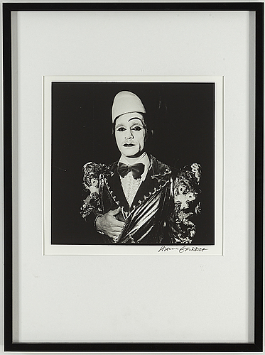 Hans gedda, gelatin silver print signed hans gedda. also numbered 8/10 and dated 2008 on verso.