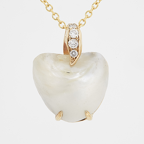 Diamond and half pearl heart necklace.