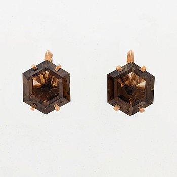 14K gold and hexagonal smoky quartz earrings.