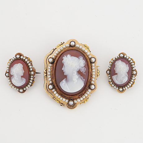 Three stone cameo and pearl brooches.