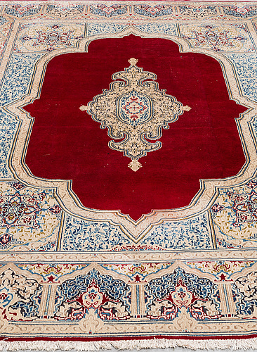 A carpet, old kerman, ca 406 x 292 cm.