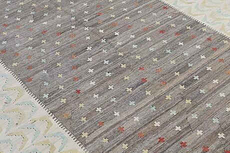 A rug, kilim, ca 283 x 204 cm.