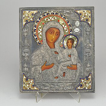 An Ikon with Jesus and Mary, silvered and enamelled ochlad/rizza, 20th Century.