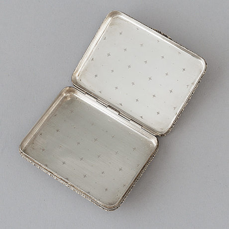 An intalian 20th century silver snuff-box, marked m buccellati, milano - roma- firenze.