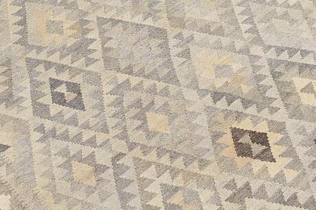 A rug, kilim, ca 288 x 204 cm i.