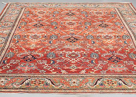 A carpet, semi-antique mahal, ca 338 x 247 cm.