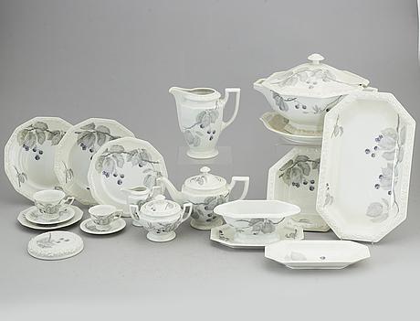 A rosenthal 'maria björnbär' part dinner and coffee-/tea service, second half of the 20th century (114 pieces).