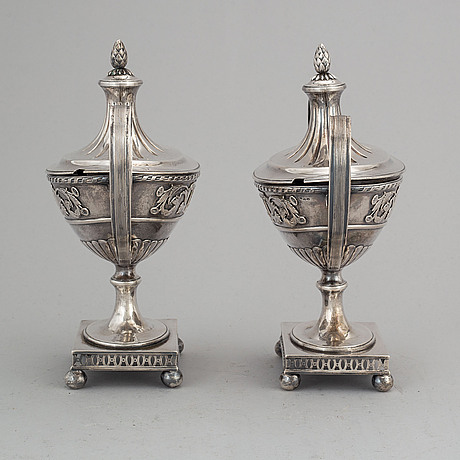 A pair of swedish silver sugar bowls, samuel pettersson, linköping 1887.
