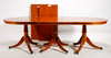Matsalsbord. engelsk stil, 1900-talets andra hälft.