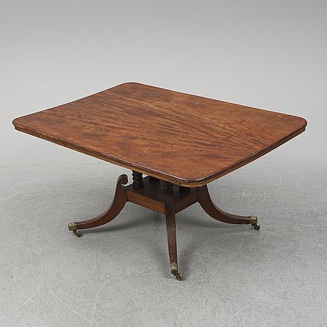 Matbord, empirestil, omkring 1900.