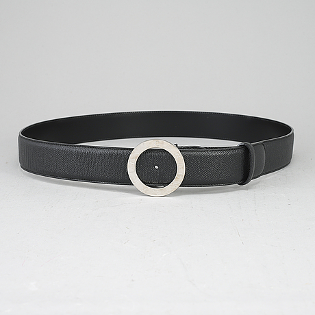 Bulgari, a black leather belt, size 110.