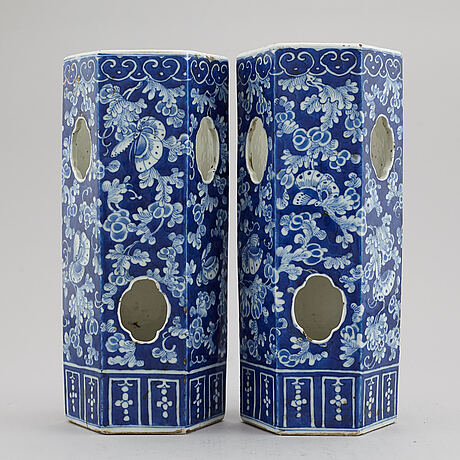 A pair of lanterns/mounted as lamps, late qingdynasty, circa 1900.