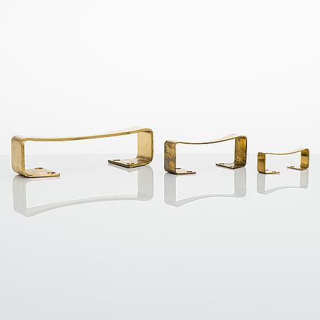 Aulis leinonen, set of 32 door handles 'ara' for auran rautateollisuus  1960/1970's.