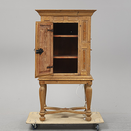 A 18th century cabinet.