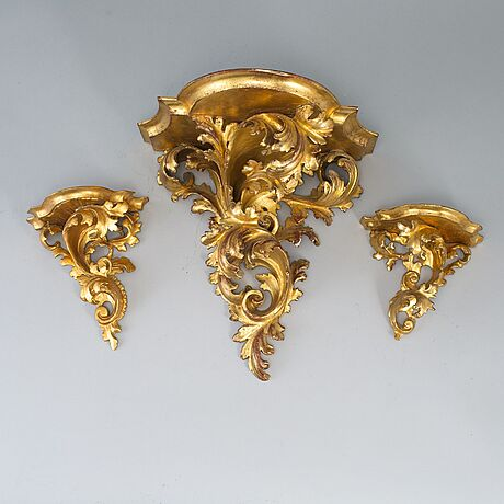 Konsoler, 3 st, rokokostil, 1800/1900-tal.
