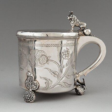 A norwegian 17th century parcel-gilt silver tankard, mark of hans jorgensen bull (trondhjem 1660-1684).