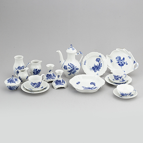 Royal copenhagen, a 'blå blomst' part coffee and tea service, denmark (49 pieces).