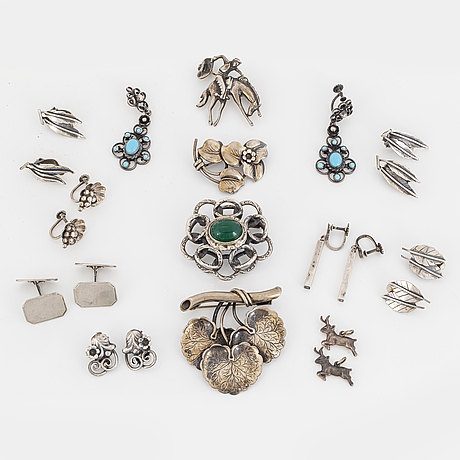 Four brooches, 2 pendants/charms, a pair of cufflinks, seven pair of earrings, silver.