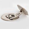 Samling silversmycken, 4 st broscher, 2 hängen/berlocker, 1 par manschettknappar, 7 par örhängen, silver.