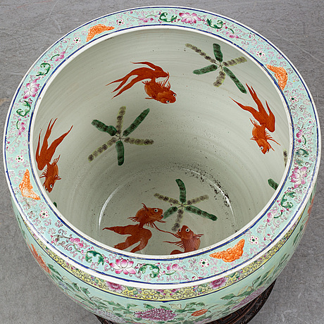 A large chinese famille rose fish basin, 20th century.